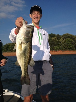 Lake hartwell fishing for striped bass and largemouth up for Lake hartwell striper fishing report